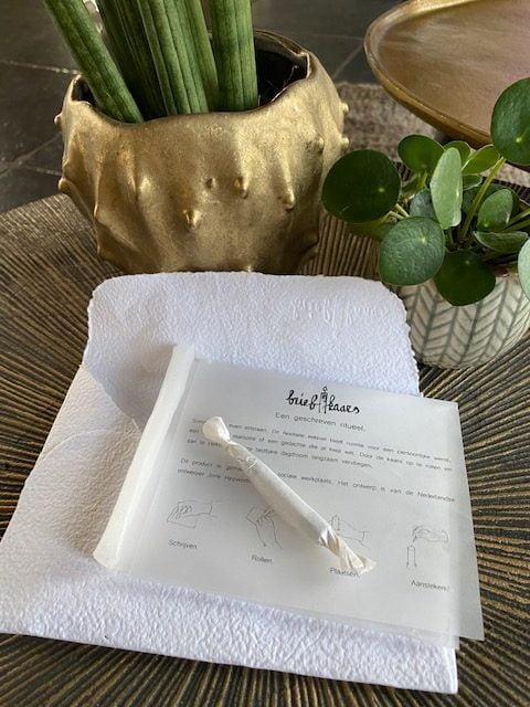 briefkaars een geschreven ritueel