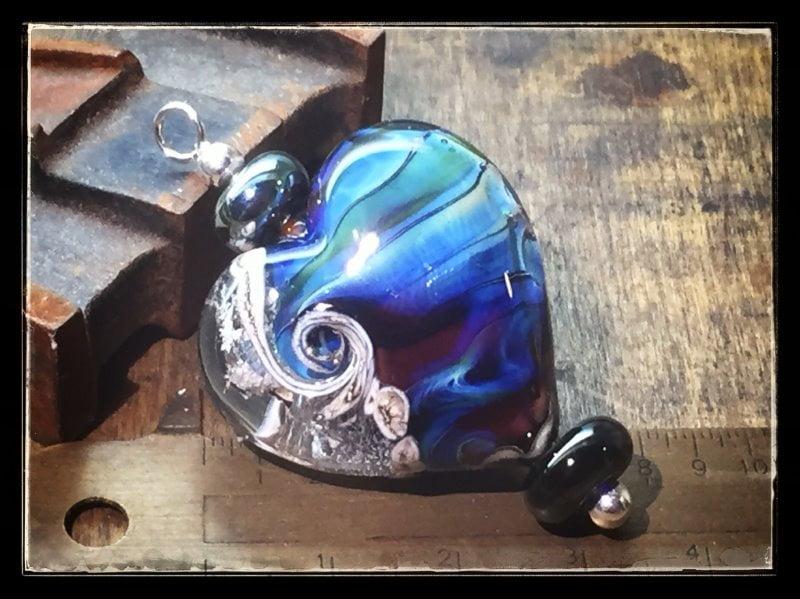 as in glas sieraad hart blauw ivoor