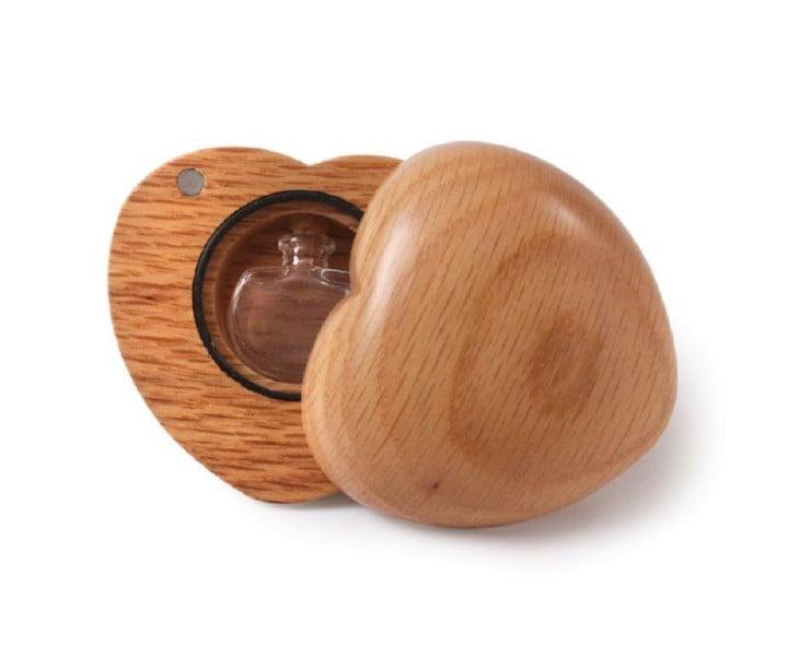 houten hart miniurn met of zonder gravure