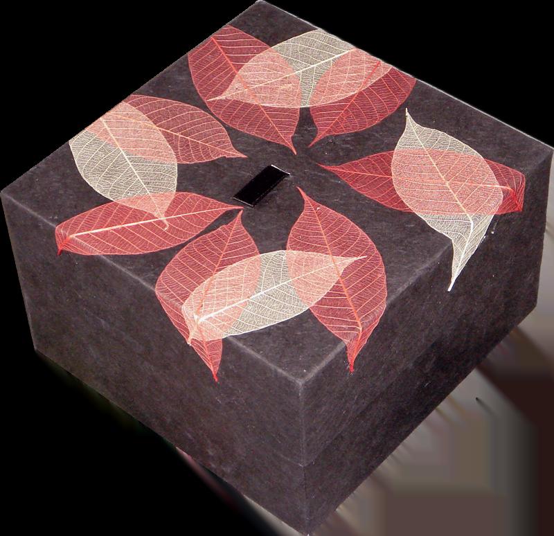 biourn earthurn vierkant met herfstbladeren
