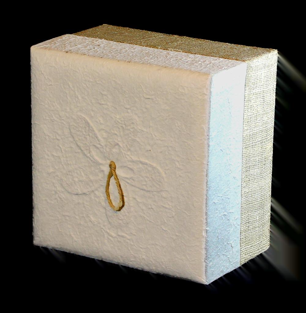 bio urn earthurn vierkant met witte hennep