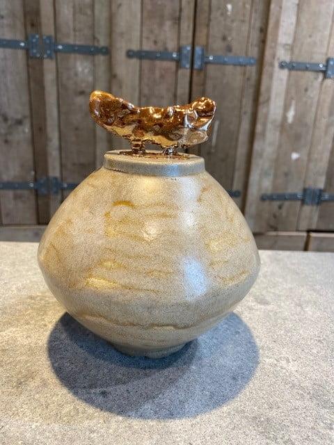 marmer urn keramiek met rosé goud detail
