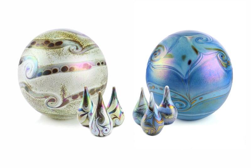 urn glas bolurn met zachte parelmoerglans