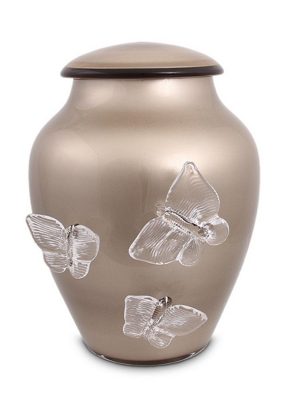 urn van glas met vlinders in diverse kleuren