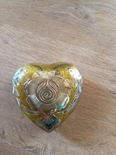mini urn hart SALE goud met zilverkleur