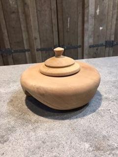 Houten natuur urn peer ovaal medium