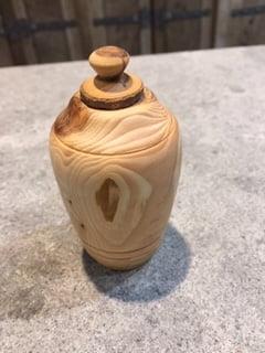 Houten natuur urn taxus staand mini