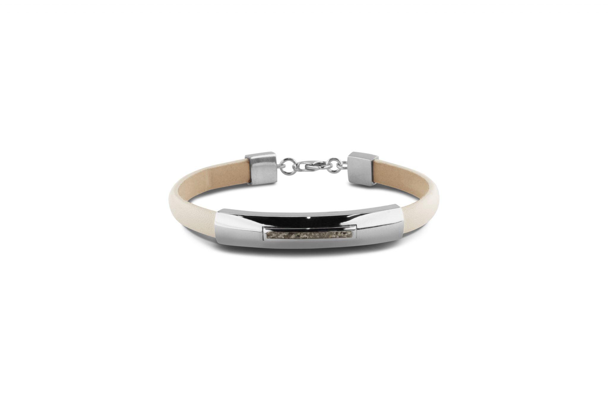 gedenksieraad-armband-met-lederen-bandje-BL 012