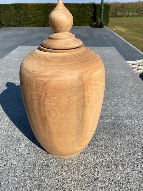 houten natuur urn kers medium
